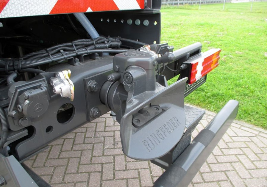 ACTROS 4040-A 6×6 feul tank   Bustanji Trucks